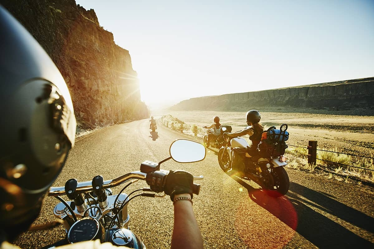 Why You Should Take a Roadtrip With Your Friends - Let's Pik